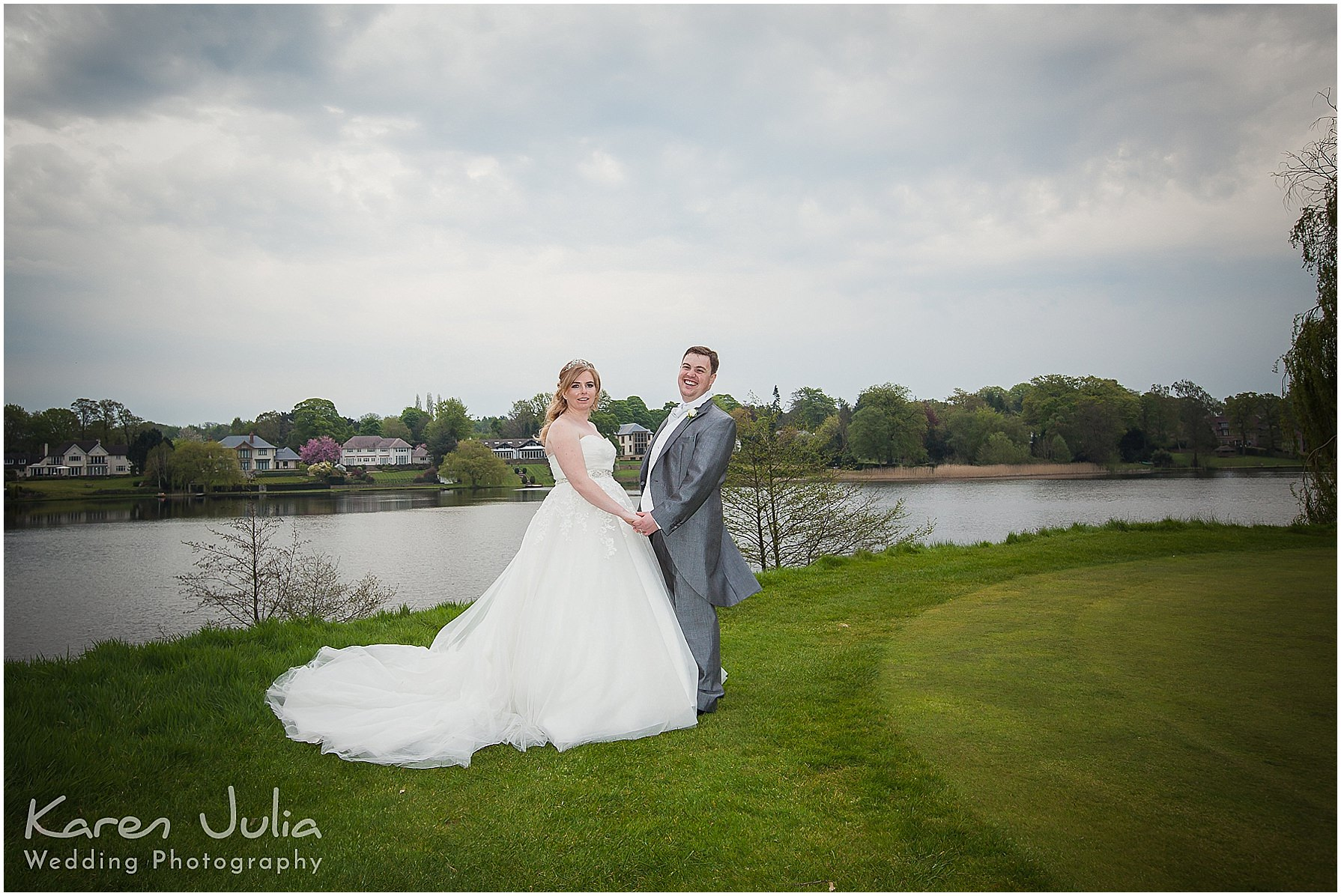 bride and groom portrait on 18th hole at mere golf resort
